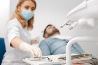Фото: freepik.com | Профессионально удалить зуб в Москве – Северо-восточный стоматологический центр № 1