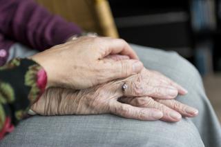 Фото: pixabay.com | Бизнес и пенсионеров защитят от взысканий за долги в период пандемии