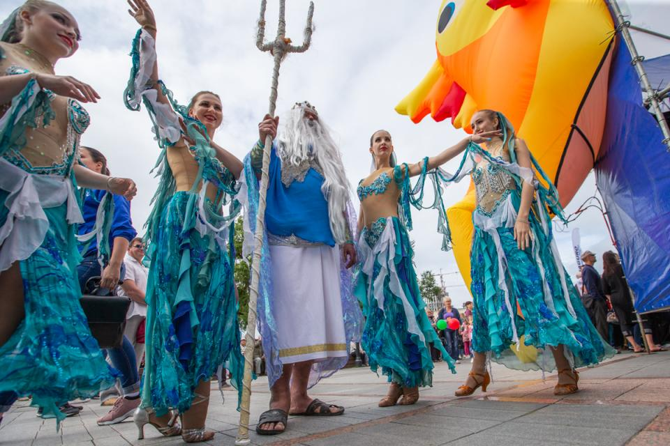 Рыбацкая уха, концерт, конкурсы и викторины: День рыбака отметили во Владивостоке