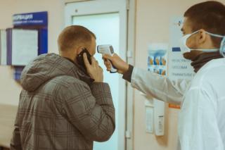 Фото: PRIMPRESS | Роспотребнадзор раскрыл, где россияне заражаются новым штаммом COVID