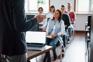 Фото: freepik.com | Во Владивостоке пройдет семинар-практикум «Бизнес для начинающих: основы организации собственного дела»