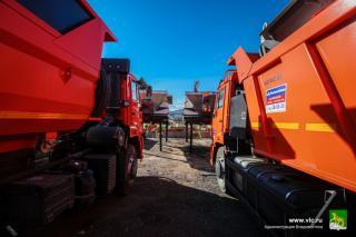 Фото: Евгений Кулешов / vlc.ru | Коммунальщики Владивостока обзаведутся новой техникой