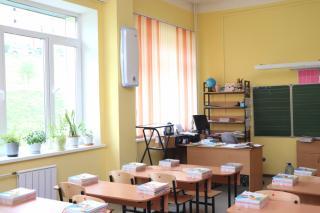 Фото: Екатерина Дымова / PRIMPRESS   Образовательные учреждения Владивостока готовятся к началу учебного года