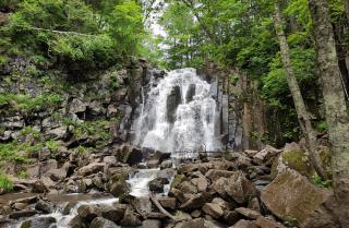 Фото: ТИЦ ПК | На федеральном канале рассказали о Шкотовских водопадах