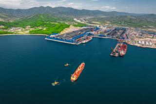 Фото: АО «Восточный Порт» | Данные экомониторинга с начала 2021 г. подтвердили высокую эффективность АО «Восточный Порт» в области водопользования
