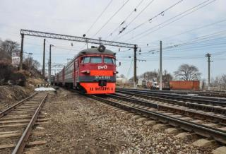 Фото: PRIMPRESS | Поезд Москва – Владивосток задерживается из-за происшествия на путях