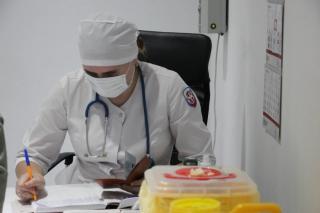 Фото: Елена Фрюауф | Махинации с прививочными сертификатами выявили в одной из больниц Приморья