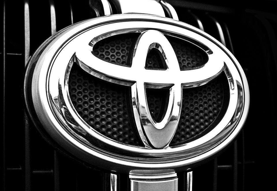 Вместо Corolla Toyota сделает ставку на новый паркетник