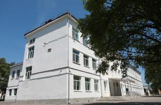 Фото: primorsky.ru   К новому учебному году готовится отремонтированная в Дальнегорске школа