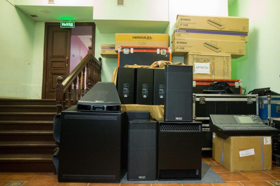 Приморская филармония пополнилась новым звуковым оборудованием