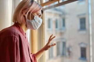 Фото: freepik.com | Специалисты назвали суточный темп прироста заболеваемости COVID-19 в Приморье