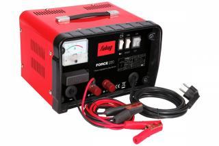 Фото: freepik.com | Что собой представляют пуско-зарядные устройства и как правильно их выбрать?