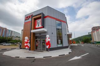 Фото: Татьяна Меель / PRIMPRESS   «Курица – это вообще святое!»: 1000-й ресторан KFC открылся во Владивостоке