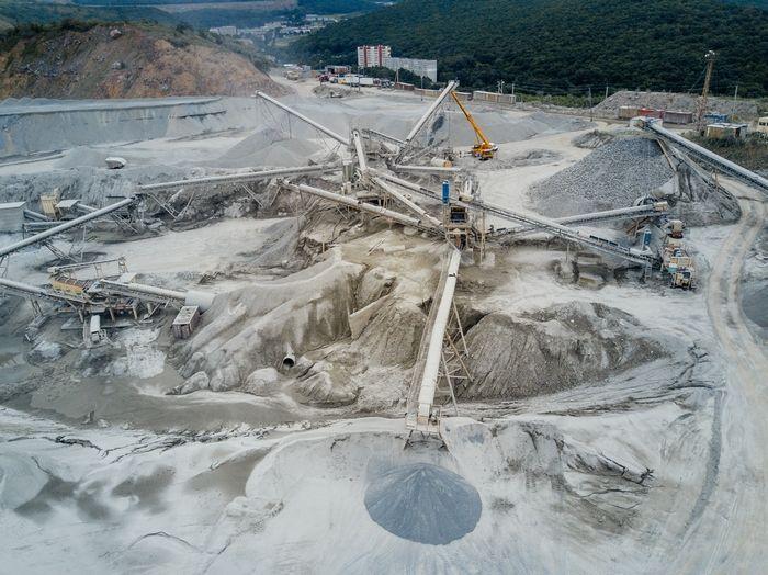 Налоговая накрыла Владивостокский бутощебеночный завод