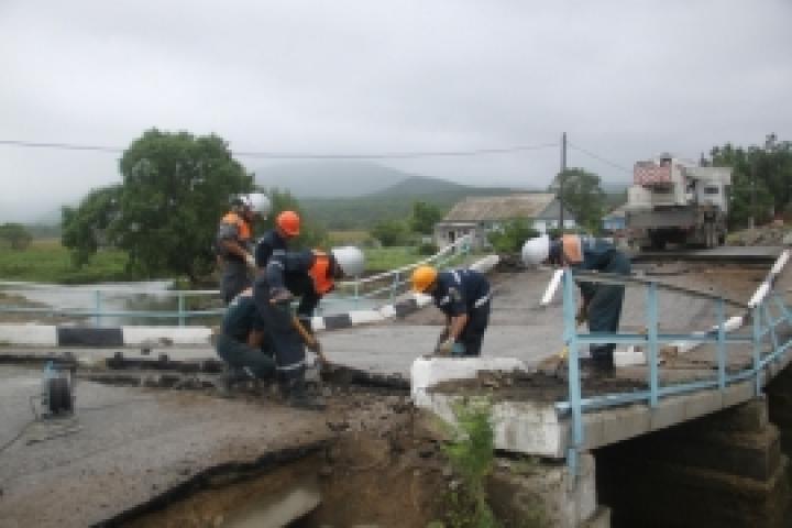 МЧС: уровень воды вреках Приморья стабилизировался после ливней