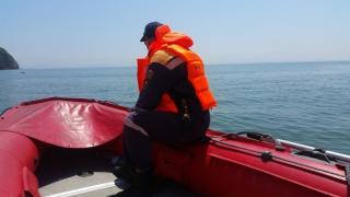 Фото: 25.mchs.gov.ru   В акватории острова Русского едва не случилась трагедия