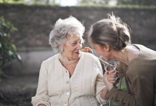 Фото: pexels.com | Государство решило взяться за квартиры пенсионеров