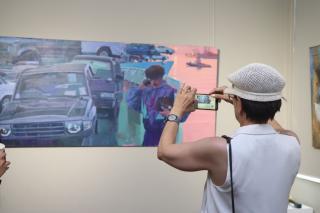 Фото: Екатерина Дымова / PRIMPRESS | «Претенденты»: во Владивостоке открылась выставка работ молодых авторов