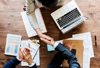 Фото: freepik.com | Новая комплексная услуга поможет приморским предпринимателям обезопасить свой бизнес
