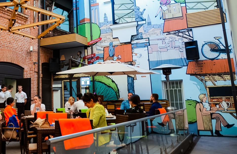 Кафе STUDIO приглашает жителей и гостей Владивостока на летнюю террасу