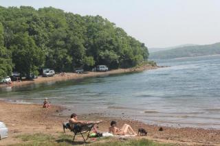 Фото: PRIMPRESS | «Селезенка покинула чат»: видео с пляжа набирает популярность в Приморье