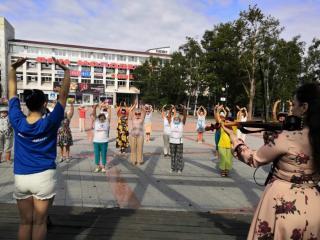 Фото: «Единая Россия»   В Приморье «Единая Россия» разработала план физической онлайн-активности для пожилых