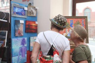 Фото: Екатерина Дымова / PRIMPRESS | Во Владивостоке «принимает» «Доктор души Август»