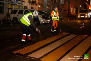 Фото: МБУ «Содержание городских территорий»   Во Владивостоке обновили более 40 километров разметки