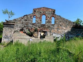 Фото: АТУ Первомайского района | Сразу три заброшенных здания снесли во Владивостоке