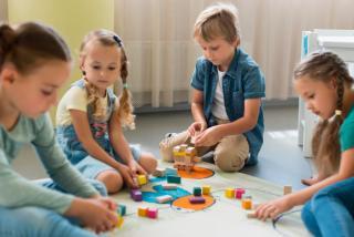 Фото: freepik.com   Детские сады в России могут стать бесплатными