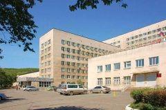 Подросток с ножом устроил скандал в «тысячекоечной» больнице Владивостока