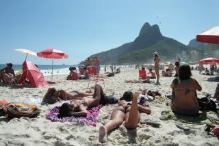 Фото: pixabay.com | «Уж замуж невтерпеж?»: кадры с девушкой на пляже обсуждают в Сети