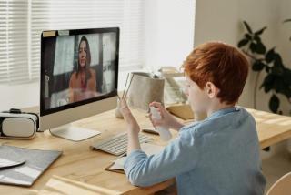 Фото: pexels.com | Правительство приняло решение по дистанционному обучению школьников