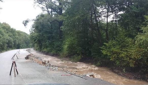 Две дороги перекрыли в районе Уссурийска