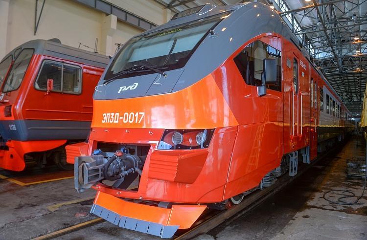 Первая новая электричка прибыла в Приморье