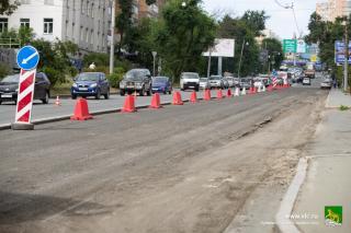 Фото: Анастасия Котлярова/vlc.ru   В центре Владивостока перекрыли движение на двух полосах в районе Первой Речки