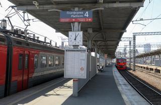 Фото: Игорь Новиков/ Правительство ПК   Льготники теперь могут расплачиваться картой «Приморец» в пригородных электричках и автобусах