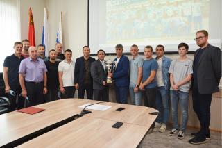 Фото: предоставлено организаторами | Футболисты «Океана» представили Кубок Приморского края в Находке