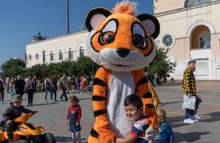 Фото: Татьяна Меель / PRIMPRESS | День тигра во Владивостоке пройдет без карнавального шествия и вечернего концерта