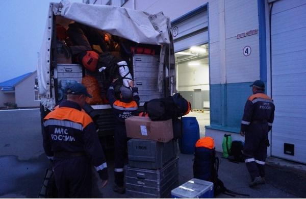 МЧС России усиливает группировку спасателей в Приморье
