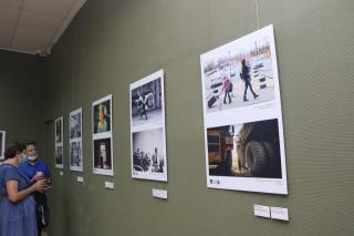Фото: Екатерина Дымова / PRIMPRESS   «Глубина резкости»: во Владивостоке представлены работы финалистов фотоконкурса