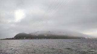 Фото: PRIMPRESS   В Приморье мужчин на сапе и лодке спасли во время шторма