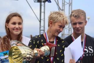 Фото: PRIMPRESS / Софья Федотова   Во Владивостоке наградили победителей и призеров Кубка губернатора Приморского края по плаванию на открытой воде