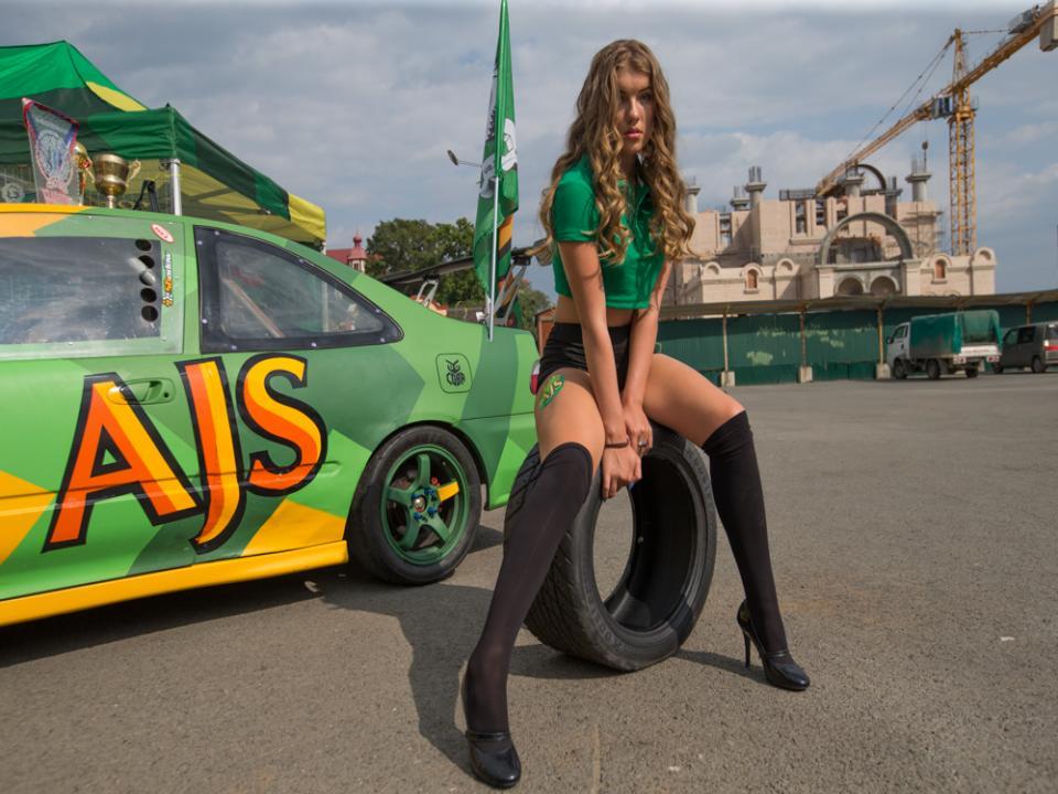 Чемпионат Дальнего Востока по автомобильному звуку и тюнингу проходит во Владивостоке (фото)