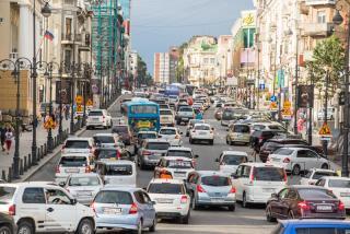 Фото: Илья Евстигнеев | Пробки сковали улицы Владивостока