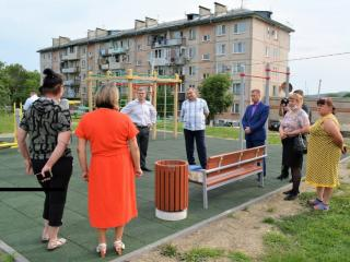 Фото: zspk.gov.ru   Парламентарий взял на контроль решение проблем в приморских селах