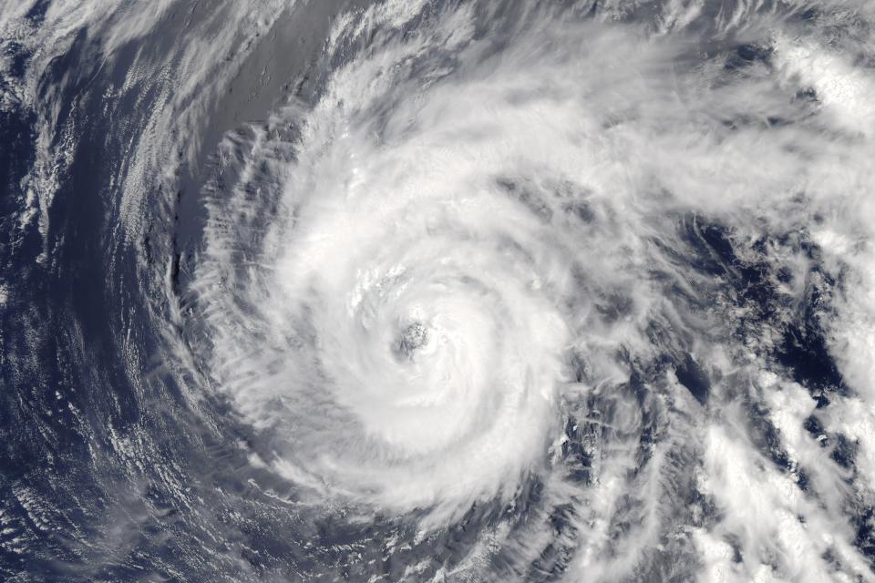 НаКурилы надвигается тайфун «Санву»