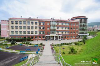 Фото: vlc.ru   Во Владивостоке за два месяца отремонтируют кровли в школах и детских садах