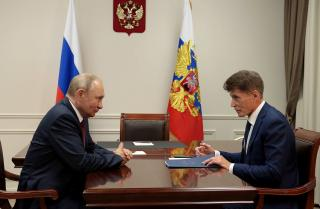 Фото: primorsky.ru   Олег Кожемяко заявил об улучшении ситуации с обманутыми дольщиками в Приморье
