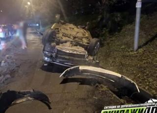 Фото: dps_vl | Жесткое ДТП с участием такси произошло во Владивостоке